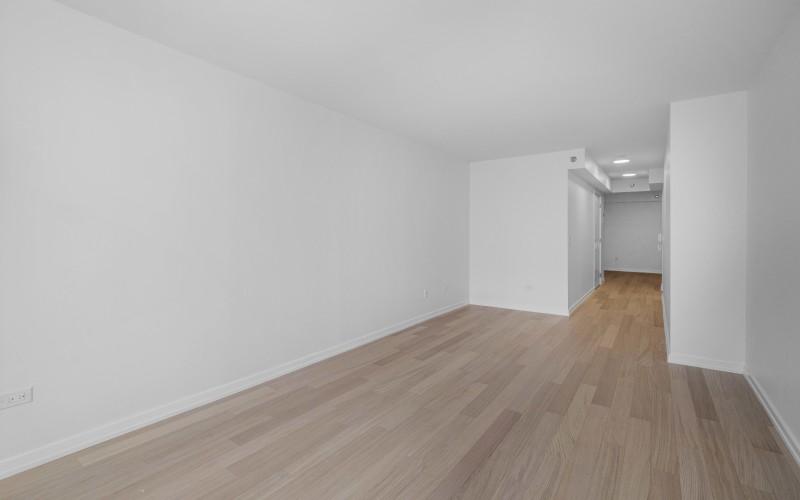 75-West-End-#C2E-Livingroom2Low