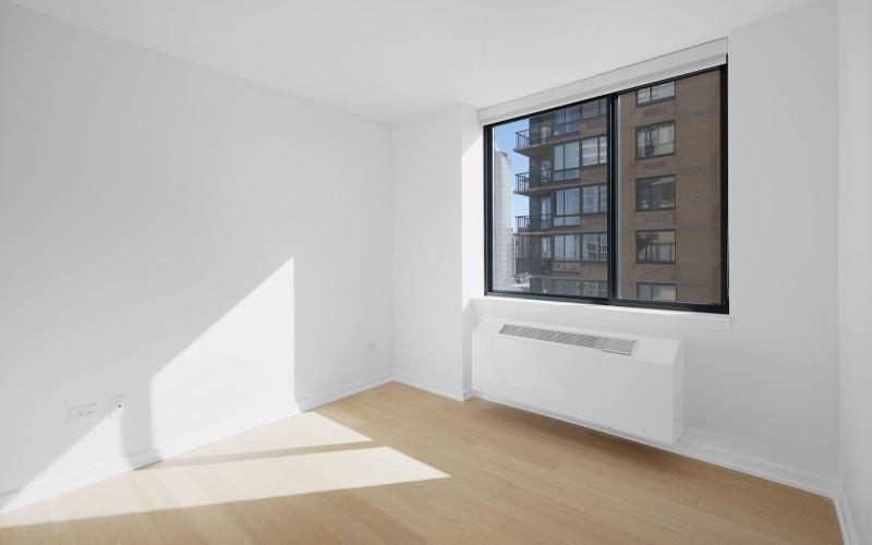 75-West-End-#R29D-Bedroom2Low