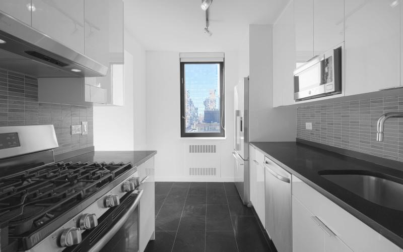 75-West-End-#R29D-KitchenLow