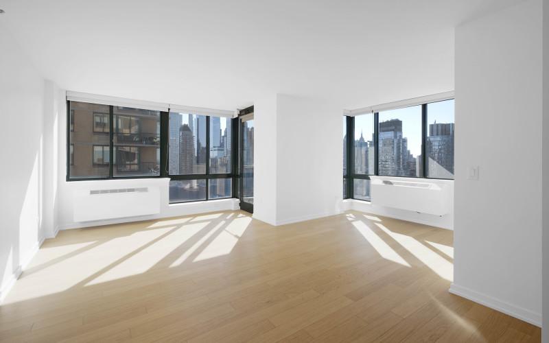 75-West-End-#R29D-Livingroom1Low