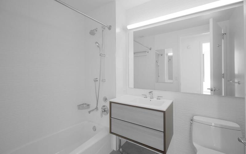 City Tower #35G BathroomLow