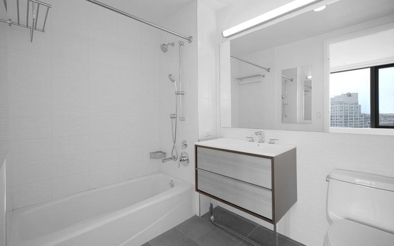 City Tower #37J BathroomLow