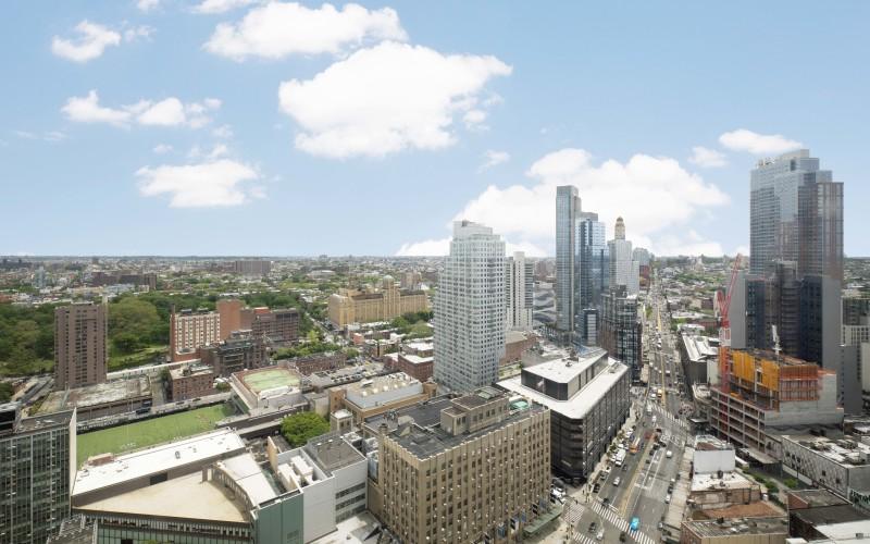 City Tower #37J ViewLow