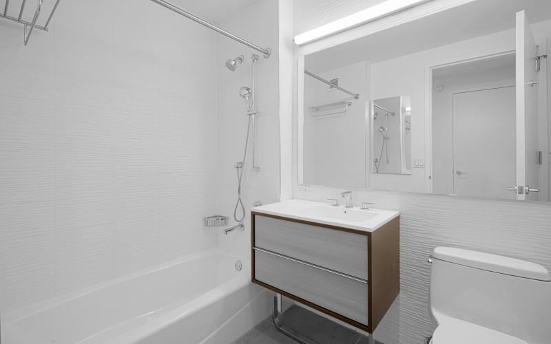 City Tower #PHF Bathroom1Low