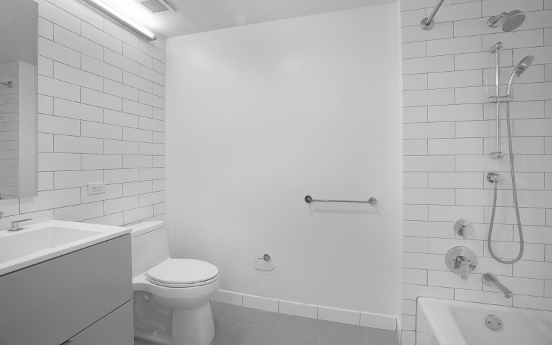 Enclave 908-Bathroom