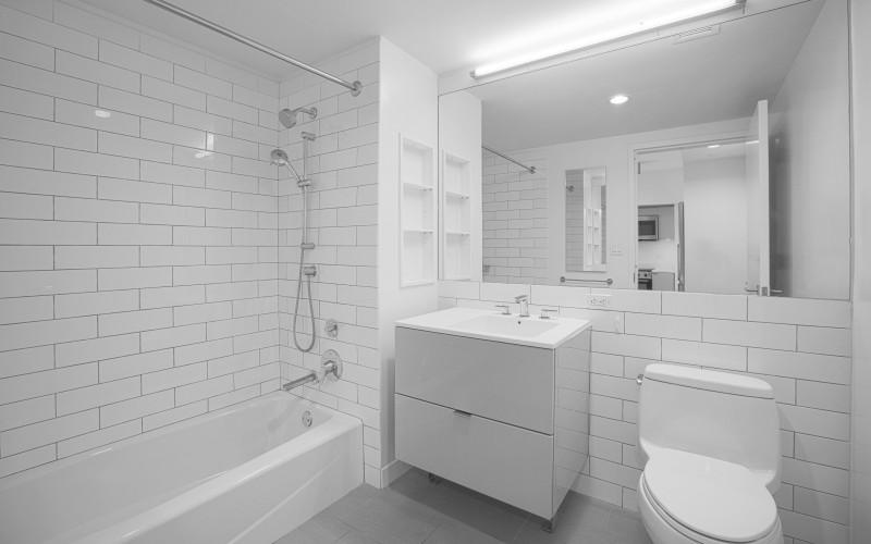 Enclave - Unit 1125-Bathroom