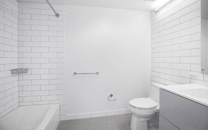 Enclave - Unit 1204 Bathroom