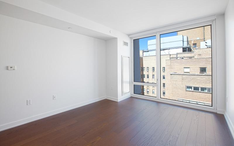 Enclave - Unit 1204 Living room