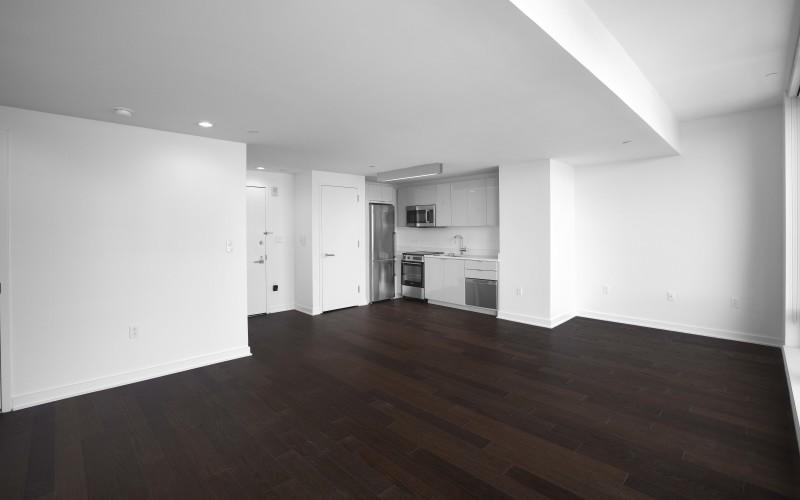 Enclave - Unit 1604 Livingroom2