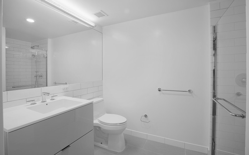 Enclave - Unit 212 Bathroom