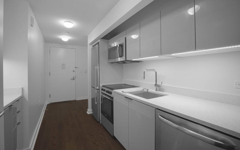 Enclave - Unit 212 Kitchen