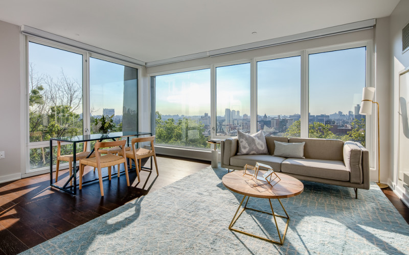 Enclave - Unit 929 Living with View