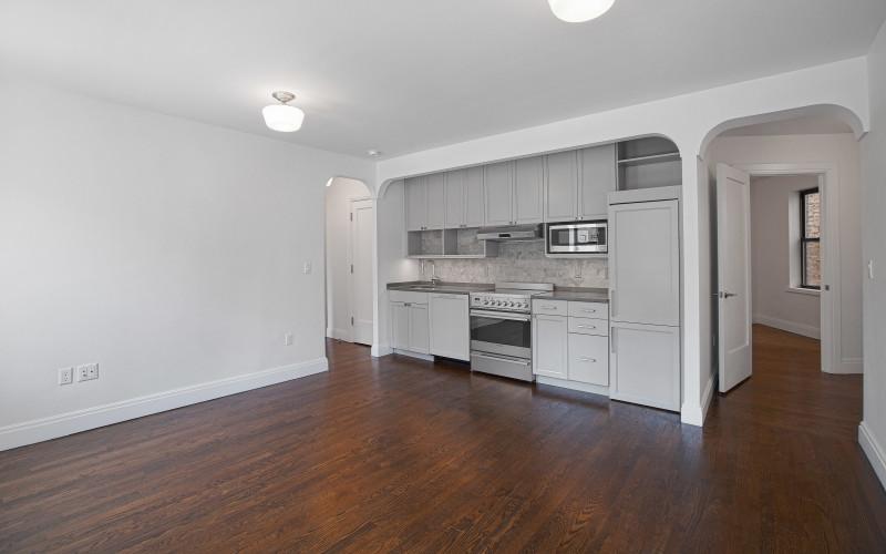 62 Leroy St. #2BC- Livingroom 2low