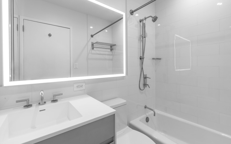 SPT 35J-BathroomLow