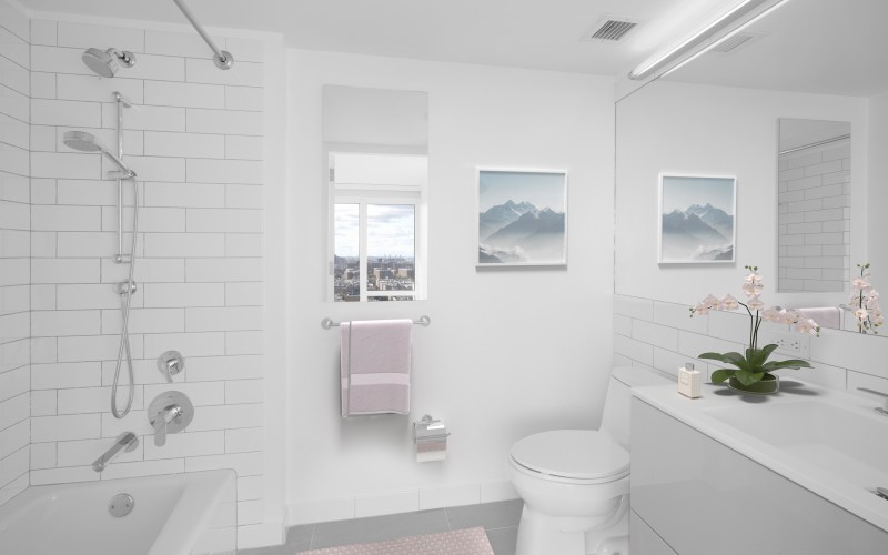 VS Enclave - Unit 1624 Bathroom1Low